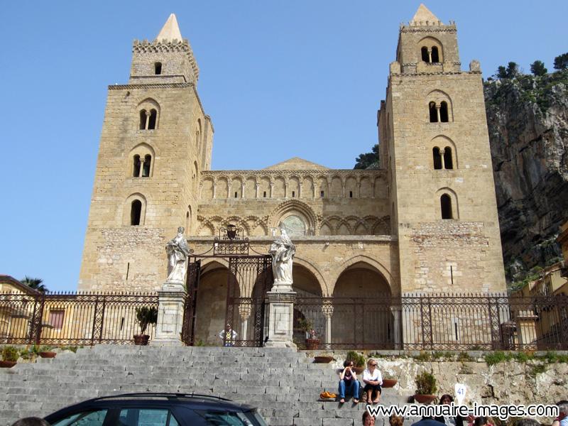Photo eglise au style roman de cefalu en sicile for Architecture 770